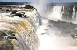 Водопад Игуасу, Аргентина и Бразилия